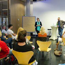 Teilnehmer und Referenten beim Workshop2